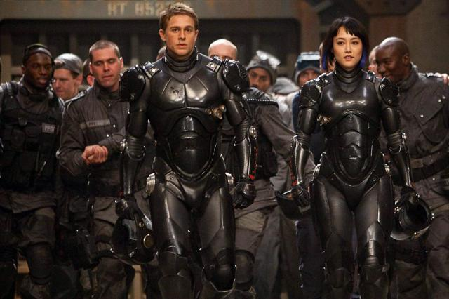 Charlie Hunnam just doesn't cut it as the hero, with Rinko Kikuchi doing a lot better.