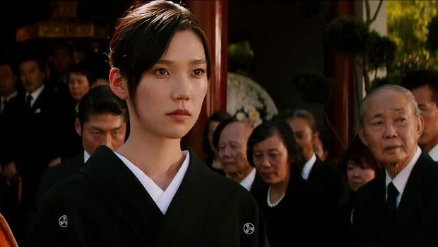Tao Okamoto is steller as Mariko, giving the film a very neccesary heart and a decent love interest for Logan.