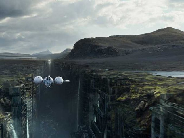 Full of amazing visuals, Oblivion falls short in other areas.