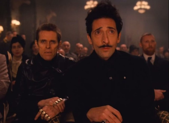 Adrian Brody and Willem Dafoe are both fantastic as the over the top antagonists.