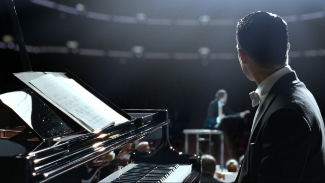 Grand Piano begins as a film about stage fright, then moves suddenly into different territory.