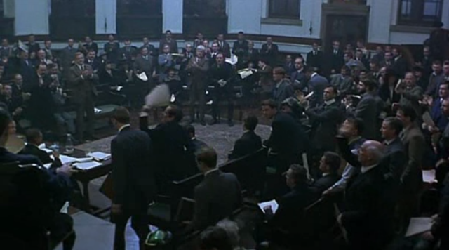 The grand arena: the Treaty debate might be Michael Collins' best sequence really.